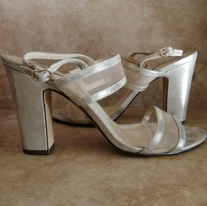 Nina gold sandal leather sole heels size 9